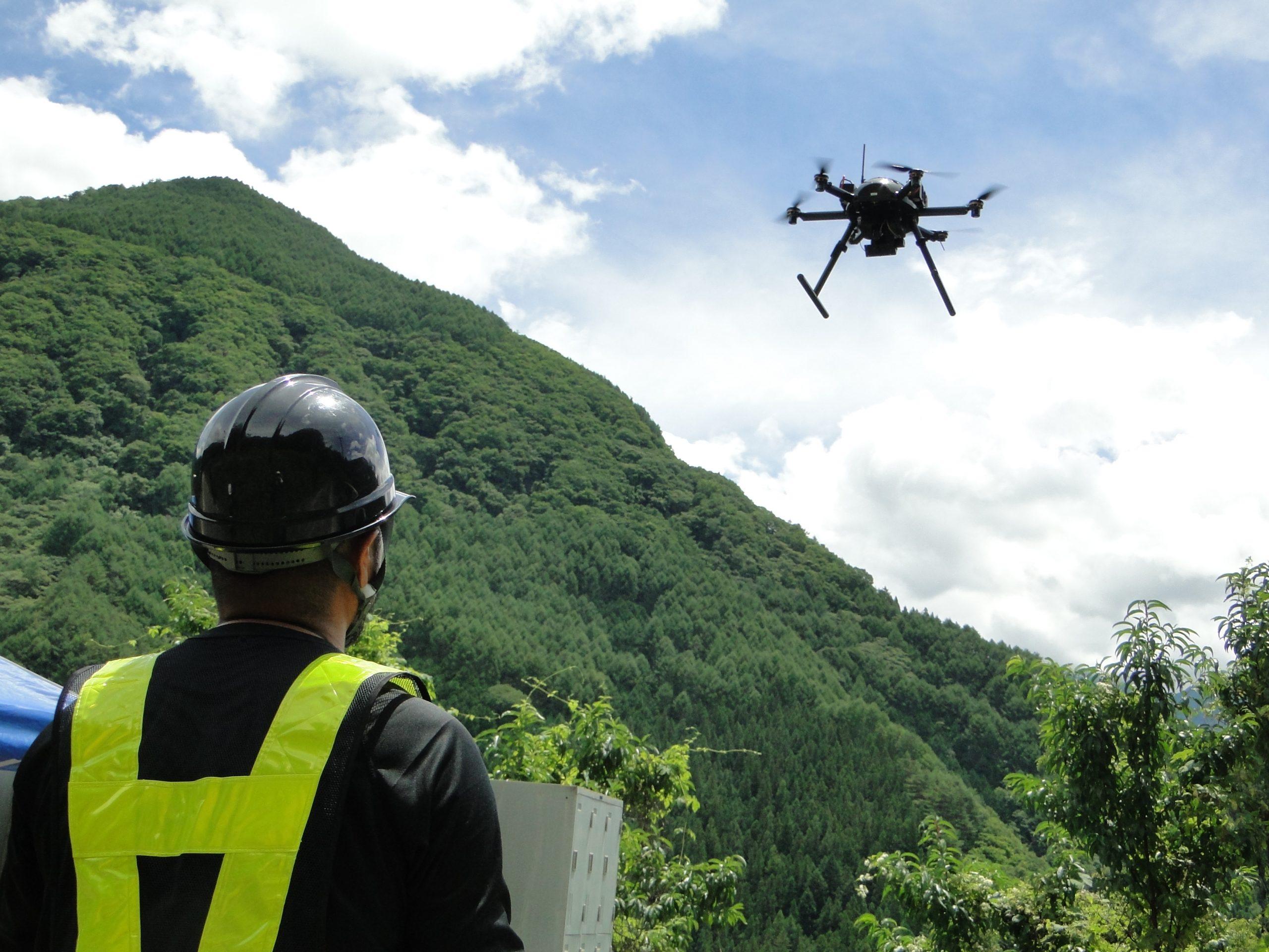 長野県からVFR社への要請に協力し、被災状況の調査に活用